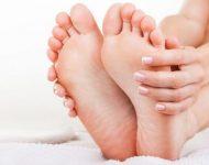Миниатюра к статье Как избавиться от натоптышей на ногах, пальцах ног, на пятках, ступнях и подошве?