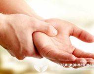 Миниатюра к статье Почему немеет левая рука и чем это может быть опасно?