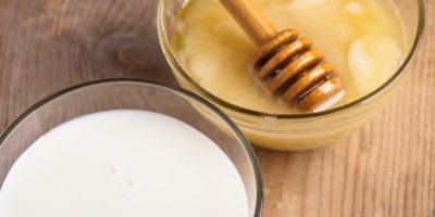 Миниатюра к статье Молоко с содой и медом – простое и эффективное средство от кашля