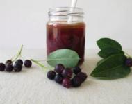 Миниатюра к статье Заготовки из ирги на зиму - самые вкусные и полезные рецепты
