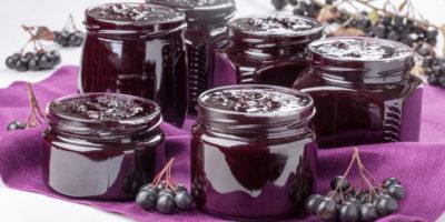 Миниатюра к статье Заготовки на зиму из черноплодной рябины – хорошие рецепты
