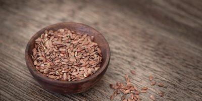 Миниатюра к статье Полезные семена льна  – как правильно заваривать и употреблять?