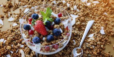 Миниатюра к статье Гранола – полезные свойства и секреты приготовления полезного завтрака