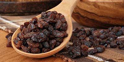 Миниатюра к статье Изюм – полезные и лечебные свойства любимого сухофрукта