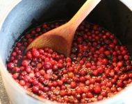 Миниатюра к статье Заготовки из брусники на зиму - проверенные и вкусные рецепты